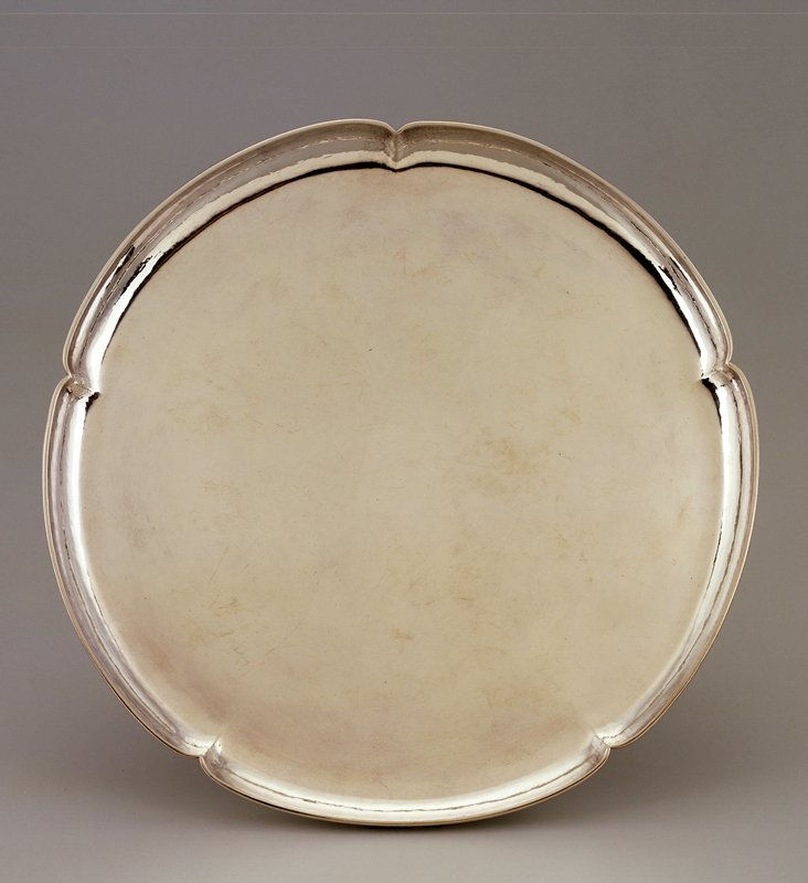 round sterling silver tray with scalloped edge, five lobes; bead at outer rim