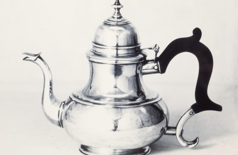 teapot, pear-shaped with dome cover; ebony handle
