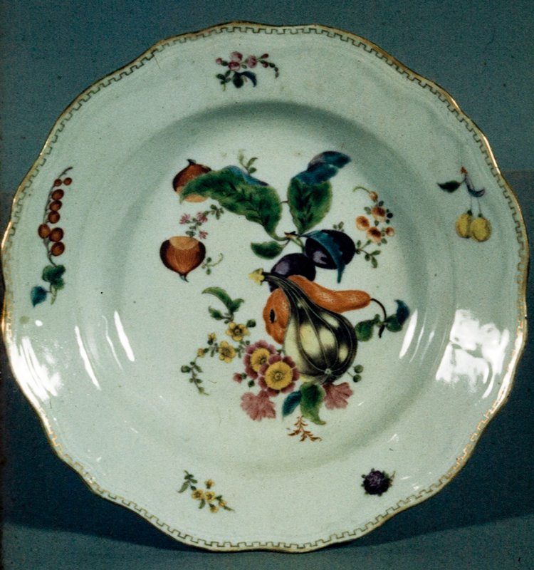 Bowl, ceramic, Chinese Export XVIIIc cat. card dims H 1-3/4 x diam 9'; listed as 'plate' on cat. cards