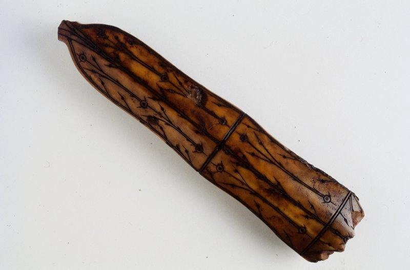 Knife handle without blade; 12th-16th century
