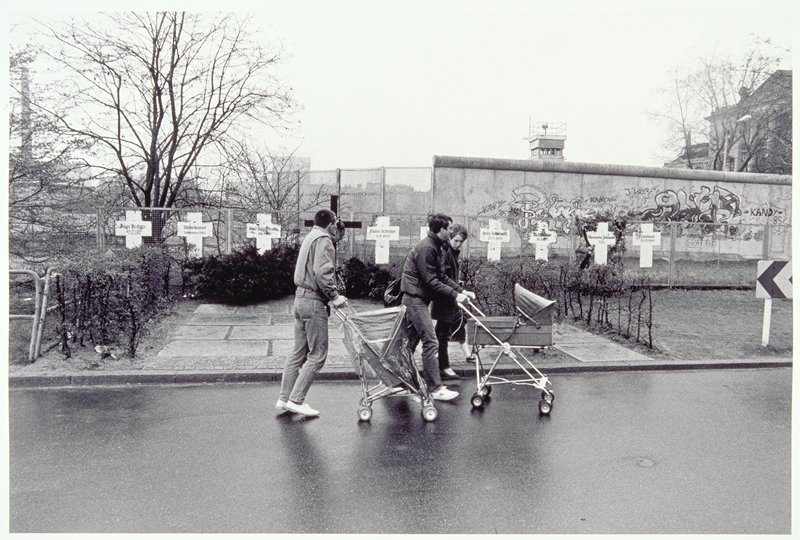 Berlin Wall, crosses