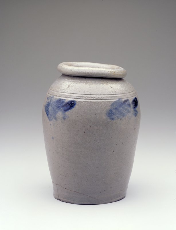 jar, gray, decorated with pattern of leaves in cobalt blue